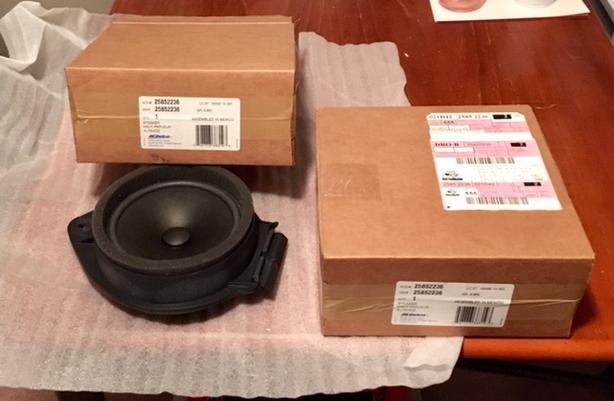 Pair of Front Door Speakers for Chev/GM 2008-2011 truck