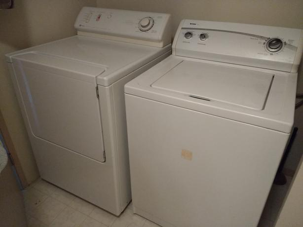 washer + dryer = $200