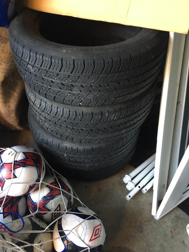 4 Michelin all season tires 195/60R15