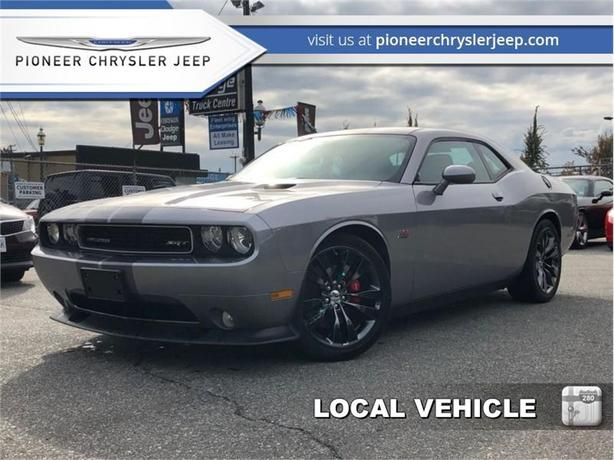 2014 Dodge Challenger SRT 392  -RARE 6-Speed Manual -Sunroof -Nav