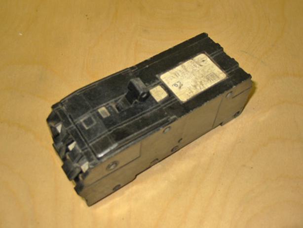 SQUARE D Type Q1B 70 Amp, 3 Pole, 240 Vac Circuit Breaker (SQD A1B370) ~ Rare!