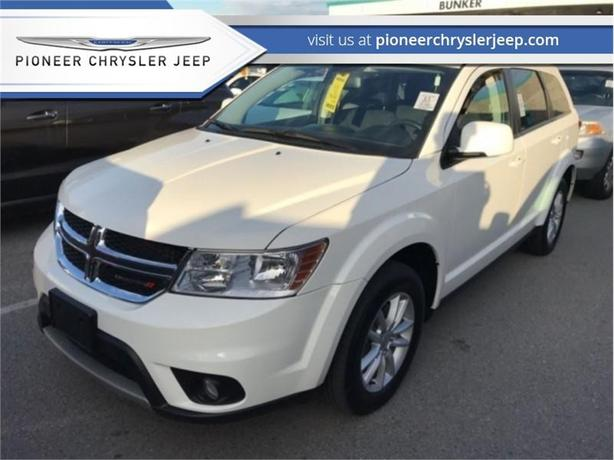 2017 Dodge Journey SXT  -8.4 -inch Touchscree