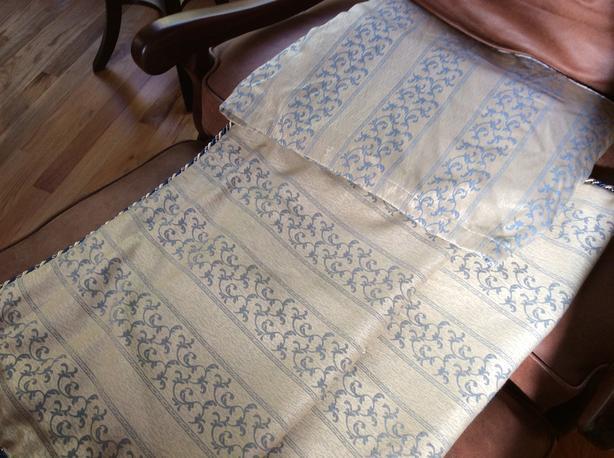 Queen Quilt, Bed Skirt, EuropeanPillow Shams (2)