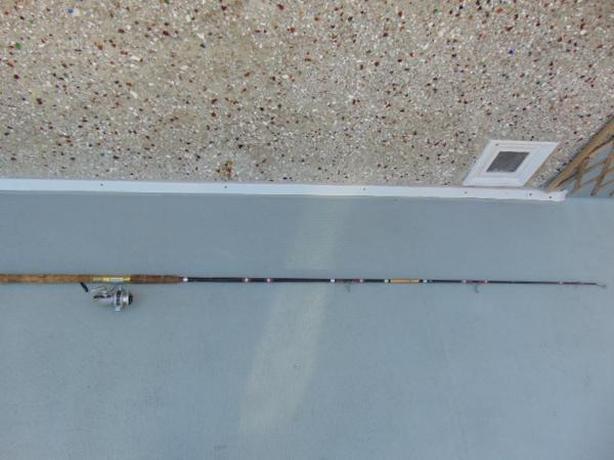 Fishing Adventures 7.2 Feet Fishing Rod With Daiwa Reel