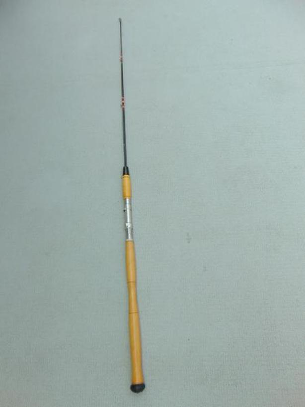 Fishing Adventures 48 inch New Wood Handle Rod