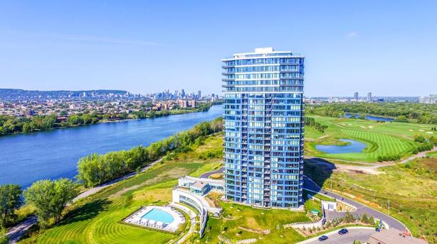High-end condo prestigious Symphonia in Nun's Island