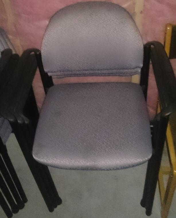 7 purple Fabric Chairs