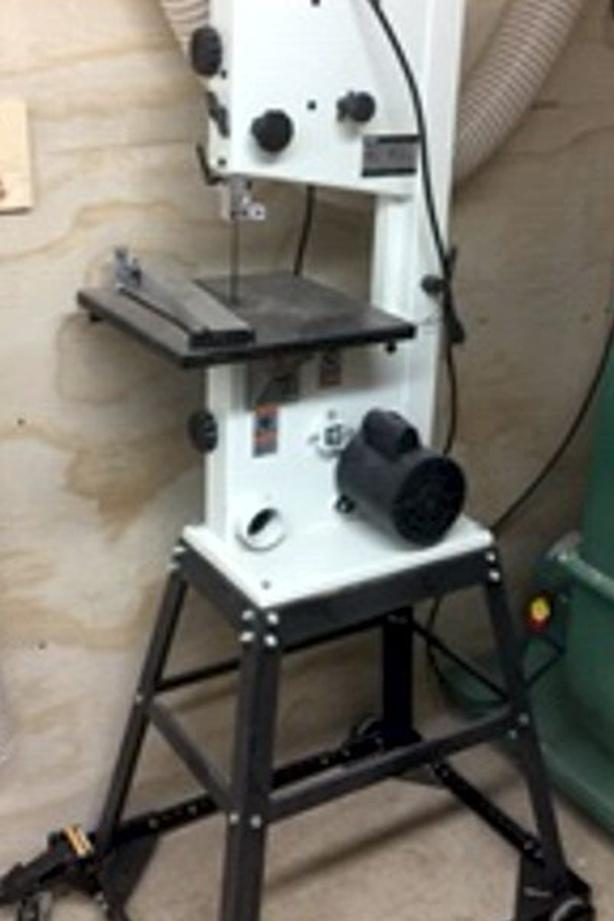 MOVING, MUST SELL! Rikon Bandsaw Saanich, Victoria