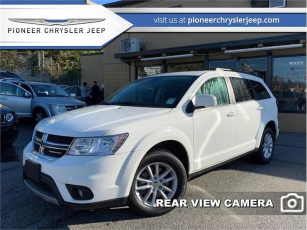 2017 Dodge Journey SXT  -8.4 inch Touchscree -7 Seater