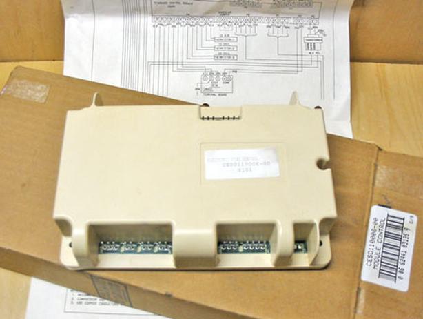 CARRIER CESO110006-00 Economizer Board (PTAC Control Board) ~ Rare/New!