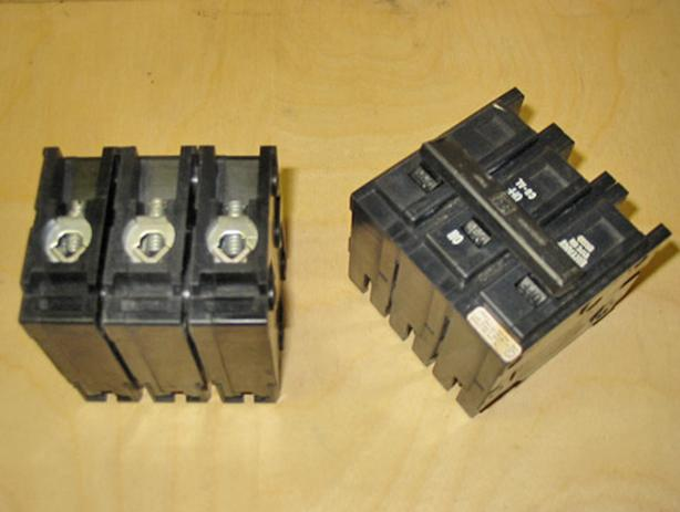 WESTINGHOUSE 30 Amp, 3 Pole, 240 Volt Circuit Breaker (HQP3030H) ~ New!