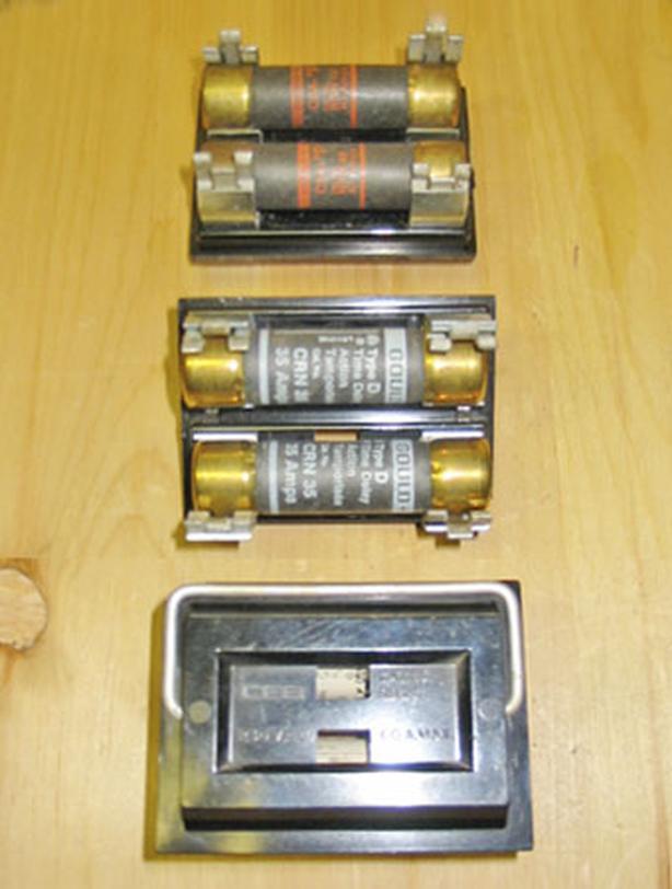 CEB (RB-26) 30/60 Amp, 120/240 Volt Fuse Cartridge Holder ~ Rare!