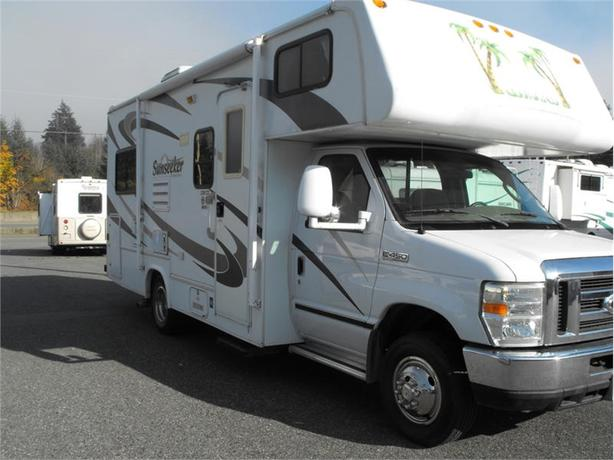 2008 Forest River 2300CD
