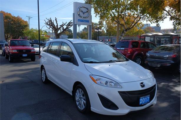 2017 Mazda Mazda5 GS - Low Kms