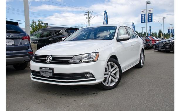2016 Volkswagen Jetta 1.8 TSI Highline, Navigation, Leather, Sunroof