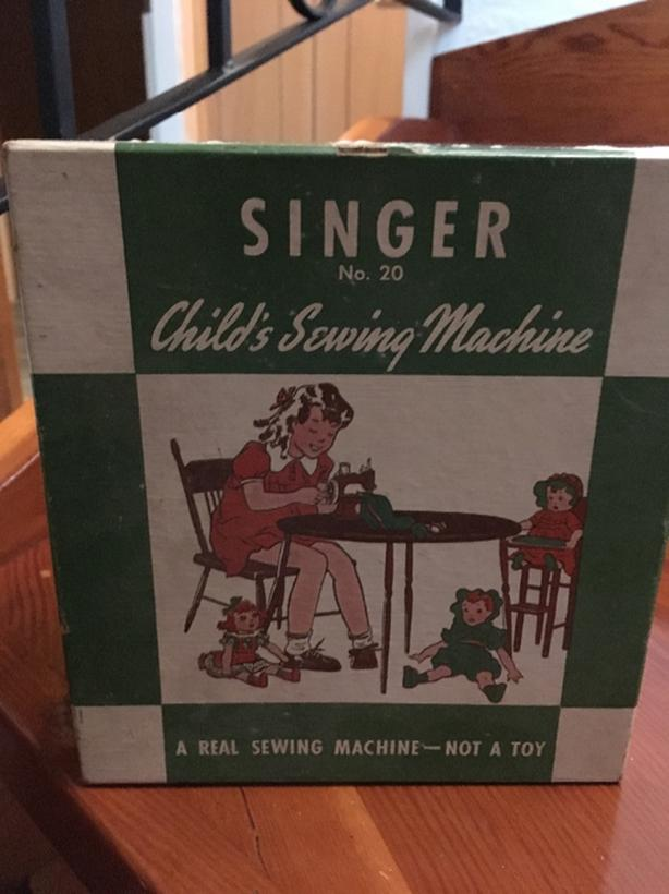 Singer Child's Sewing Machine