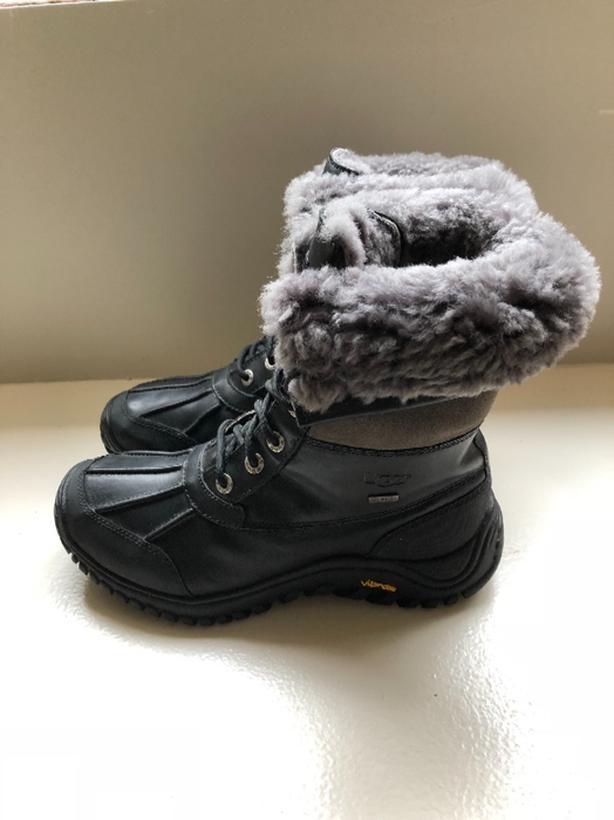c47b9dfa12c UGG Adirondack II Boots Saanich, Victoria