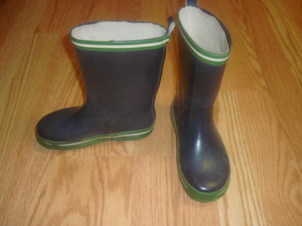 Like New Rain Boots Blue Size 11 - $4