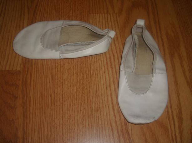 2 Pairs Leather Ballet or Dance Shoes Size 11/12 or 12/13 - $2 each
