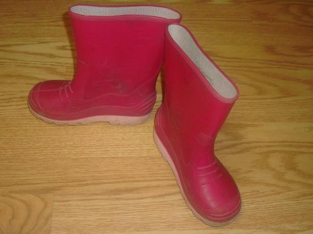 Like New Pink Rain Boots Size 13 - $5