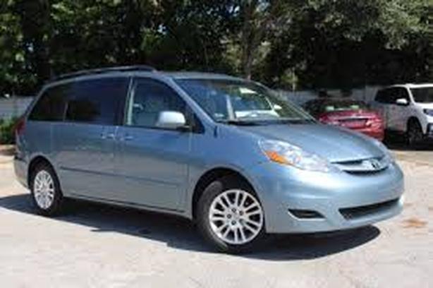 BEST PRICE 2008 Toyota Sienna AWD CE 7 Pass WILLIAMS COLWOOD ON SALE NOW