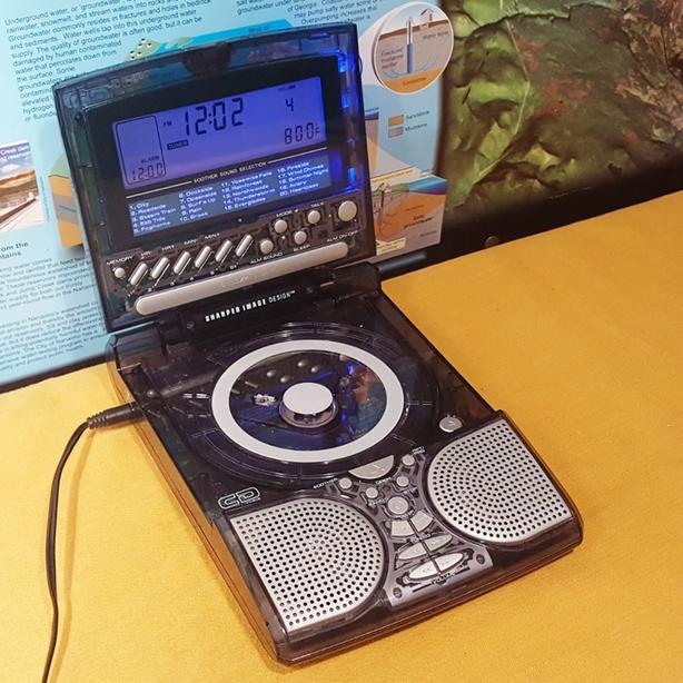 Sharper Image Cd Clock Radio Sound Soother Rare Clear Translucent