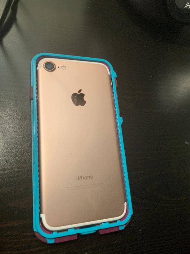 buy online 7e047 42e4d iphone 7 with Lifeproof case and screen protector Victoria City ...