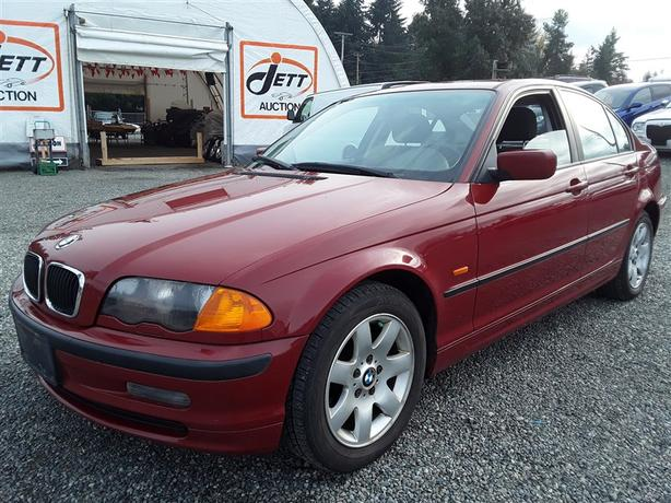 2000 BMW 323I, unreserved unit selling this saturday to highest