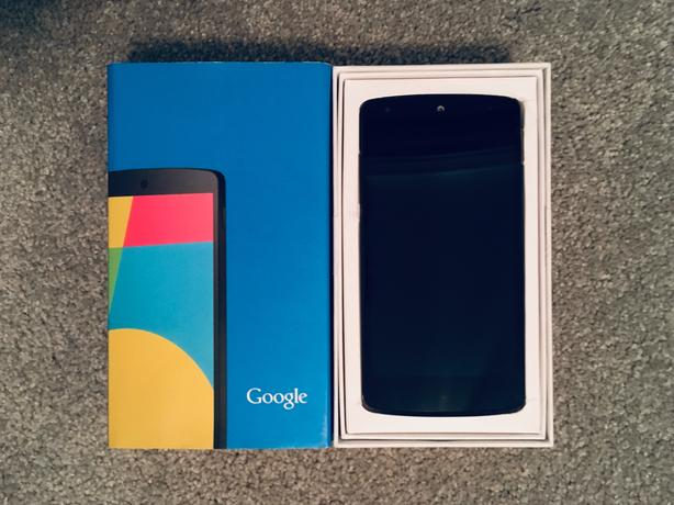 Nexus 5 LG-D820 32GB Android Smartphone (Unlocked)