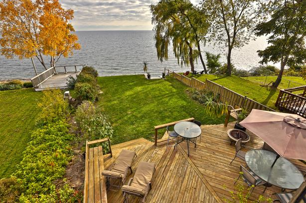 3 Bedroom Waterfront Home For Sale in Toronto