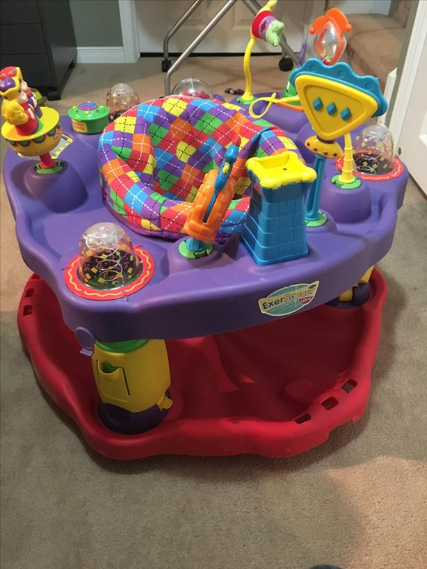 Baby saucer and play mat
