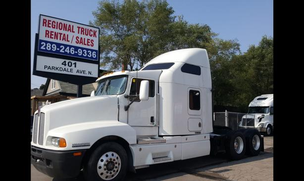 2005 KENWORTH T-600 NO DPF  Free all Safeties/Certified or $3,000 Discount