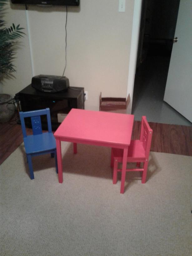 IKEA play table with two chairs