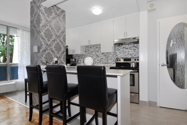 New 2BD in Annex-Yorkville! Steps to Bloor & Downtown!