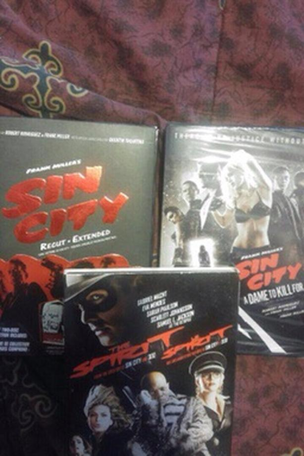 Both sin city plus the spirit DVD