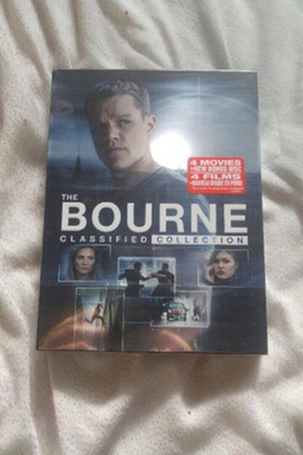 The bourne 4 movie collection  dvd