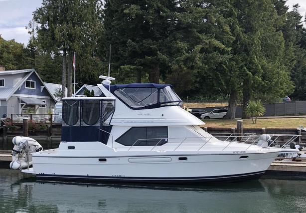 2001 Bayliner 4087