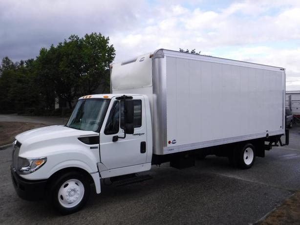 2014 International TerraStar Cube Van 18 Feet Diesel 3 passenger Power Tailgate