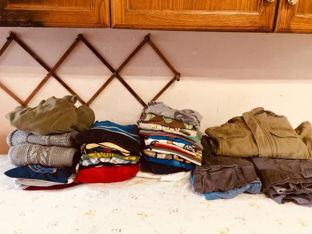 boys size 4-5 clothing