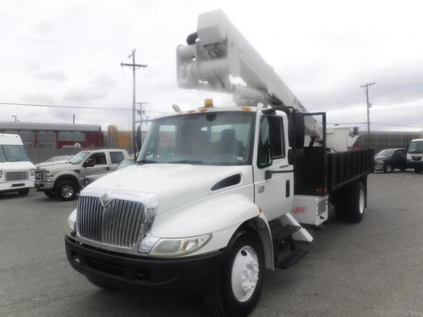 2007 International 4300 18 Foot Flat Deck Bucket Truck Diesel