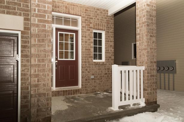 TOWN HOUSE with walkout basement FOR RENT kanata