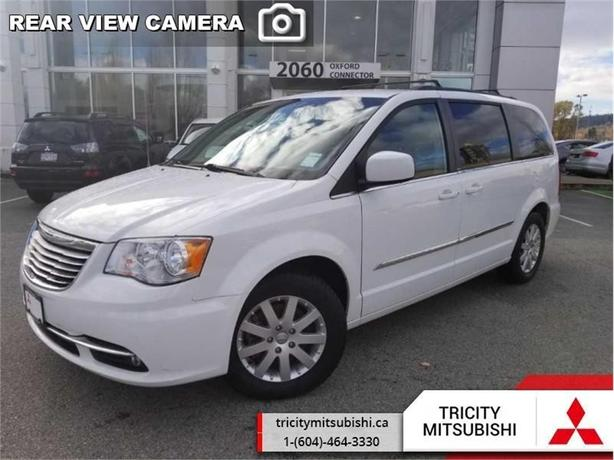 2014 Chrysler Town & Country TOURING  -  Power Tailgate