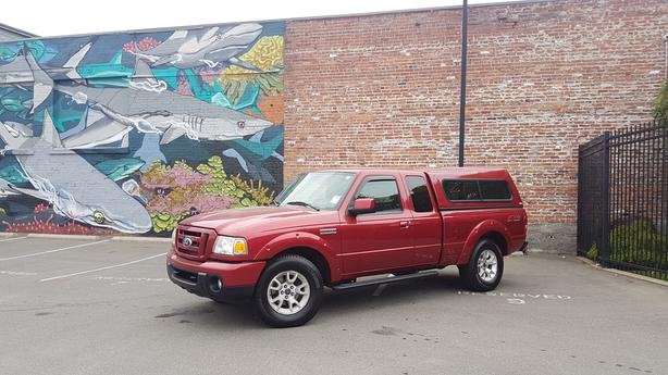 ** 2011 Ford Ranger FX4 - Auto - Air Conditioning - Alloy wheels