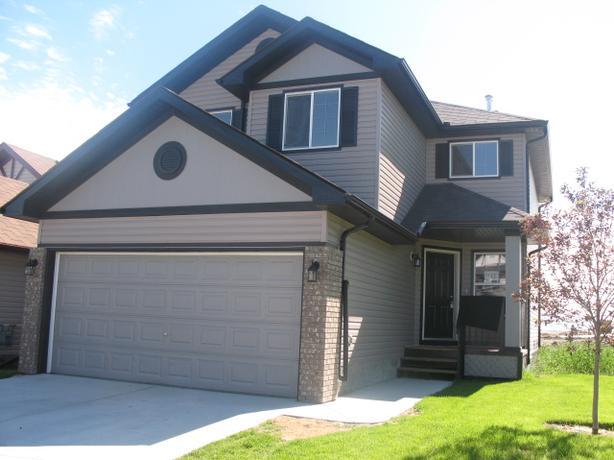 143 Cimarron Grove Circle, Okotoks AB, Available Dec 1 Rent to Own!