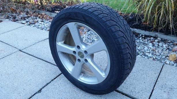225/55R17 Nokian Winter Tires on RTX Rims