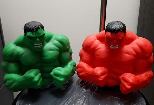 Set of Marvel Hulk Bust Banks