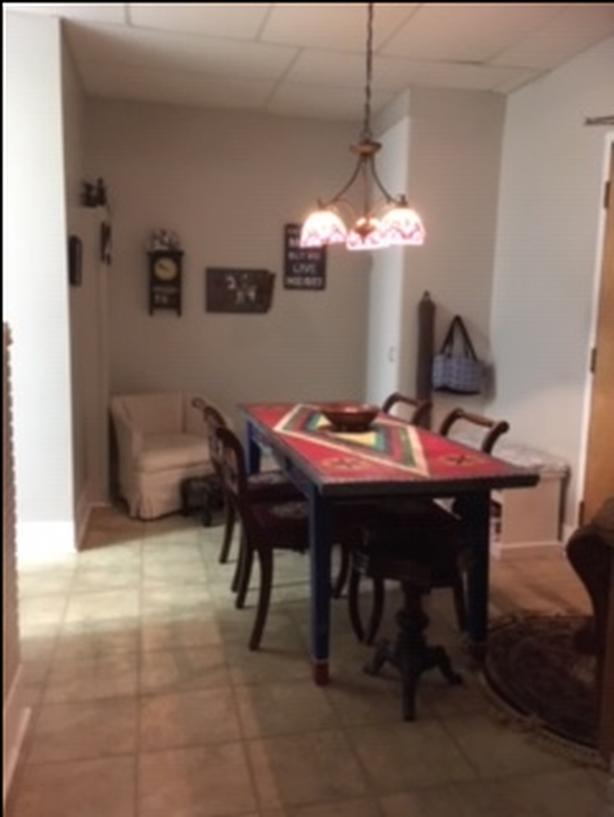 TWO BEDROOM APARTMENT FOR RENT $750