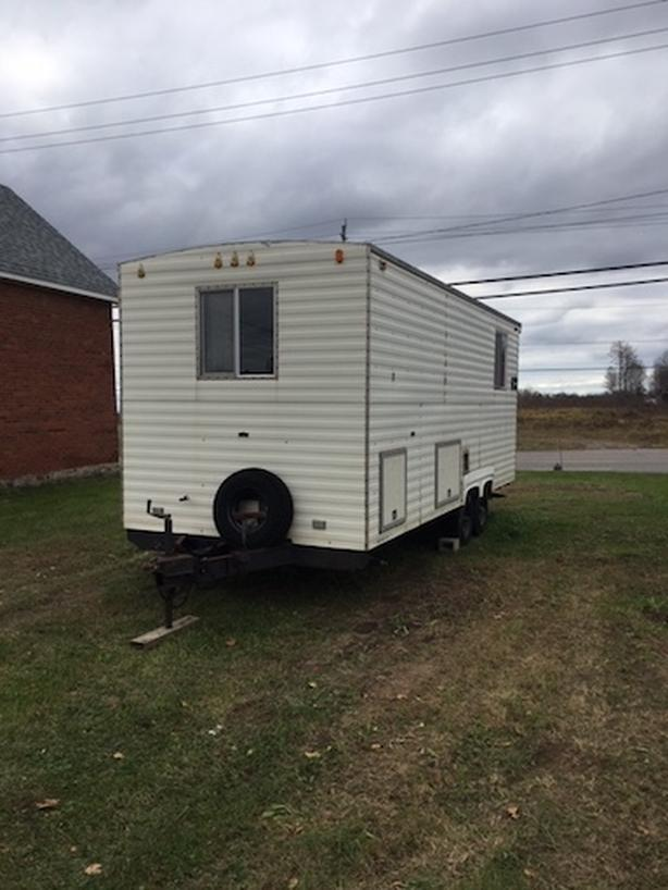 21 ft. Customizable Trailer for Sale