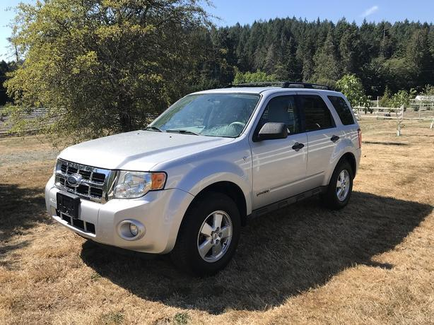 2008 FORD ESCAPE XLT - AWD - LOCAL BC VEHICLE