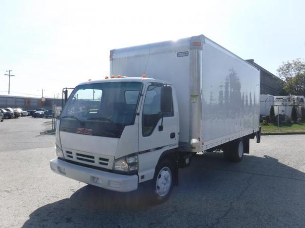 2006 GMC W55042 Cube Van 18 Foot 3 Passenger Diesel with Power Tailgate